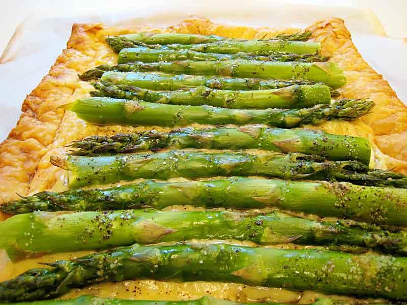 asparagus gruyere tart savory tart of fresh asparagus gruyere cheese ...